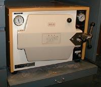 高圧蒸気滅菌器の画像