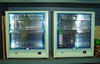 細菌培養器二基の画像
